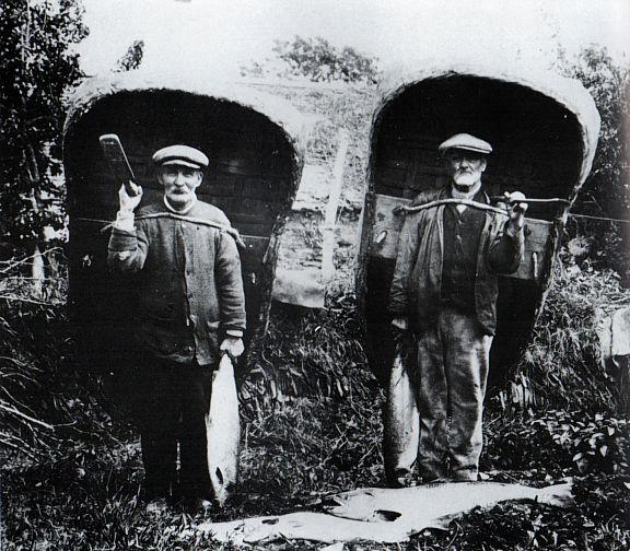 Teifi Coracle fishermen